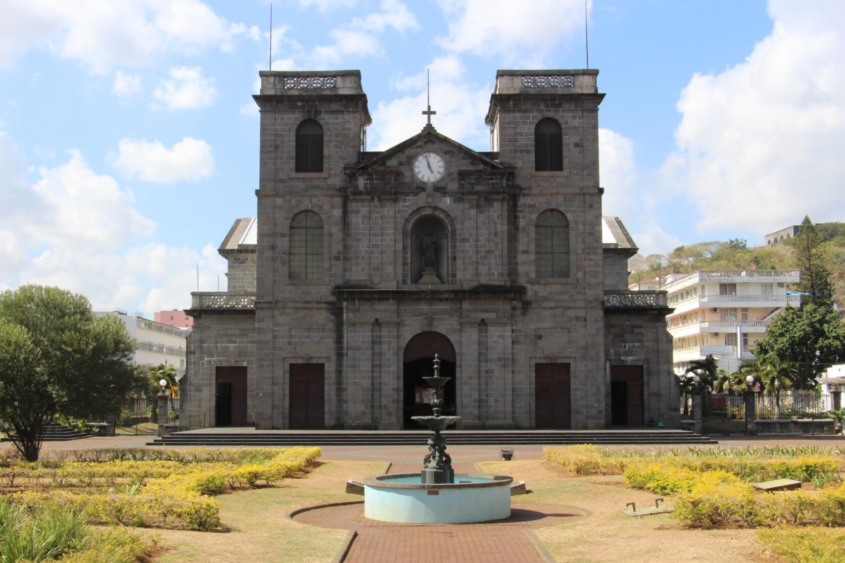 La cathédrale de Port-louis